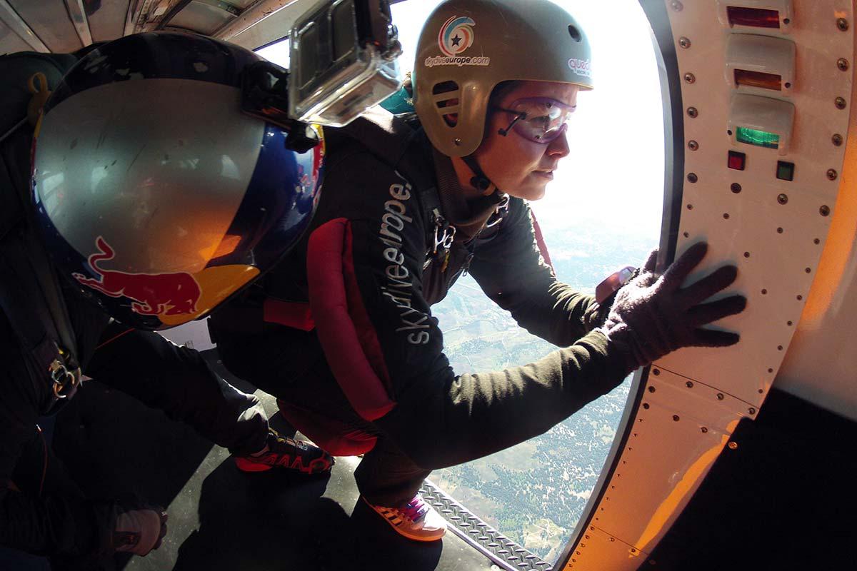 curso-paraquedismo-exit_2x.jpg