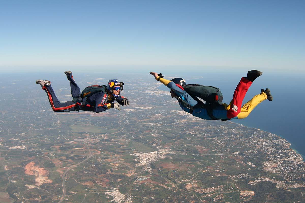 curso-paraquedismo-freefall-unattached_2